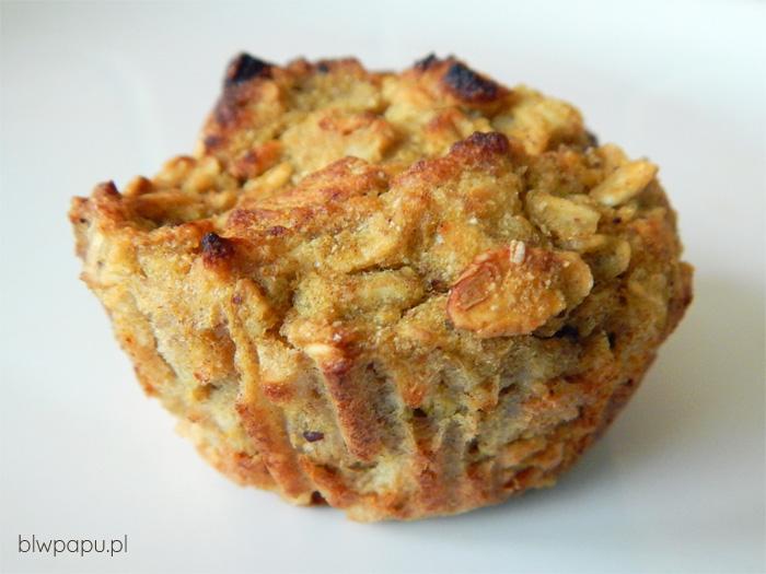 Muffinki z płatkami owsianymi, dynią i jabłkiem
