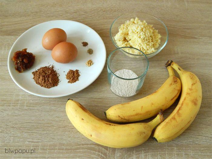 Pieczone placuszki z kaszy jaglanej i bananów
