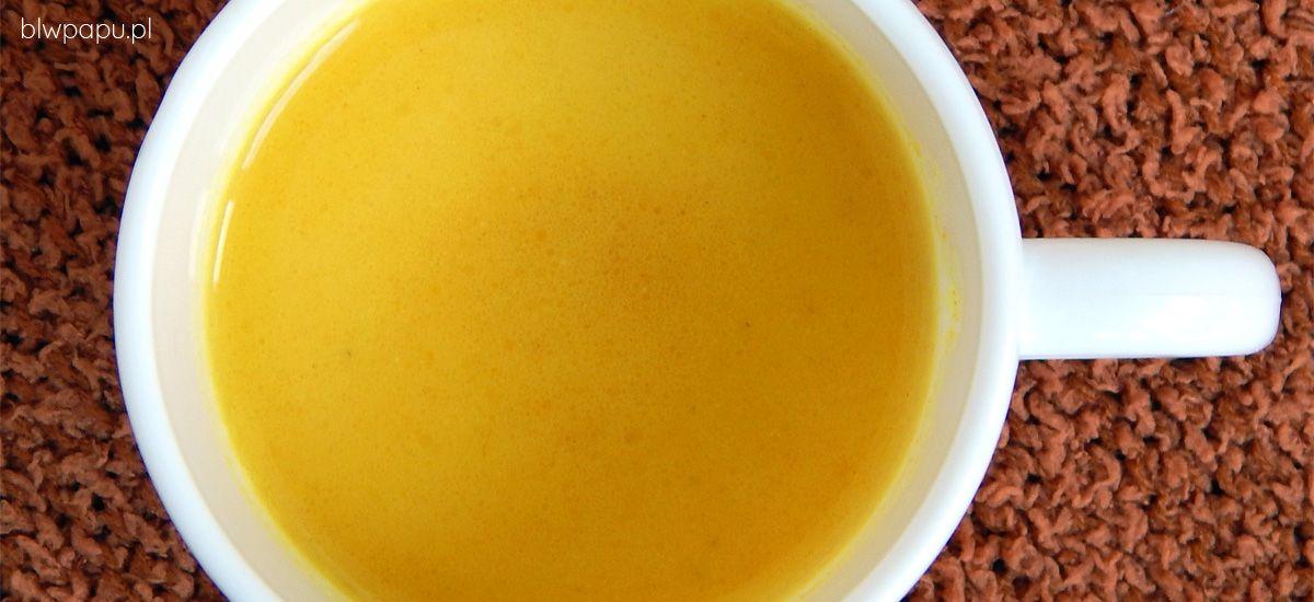 Złote mleko - zdrowy napój na przeziębienie i wzmocnienie odporności
